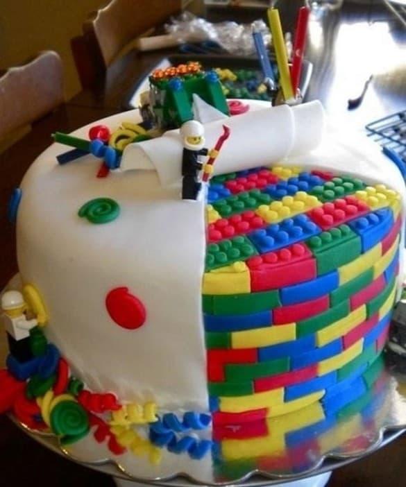 Amazing-Lego-cakes1-585x702