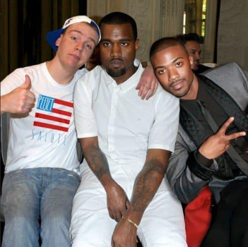 guy-photoshops-himself-with-celebrities-5