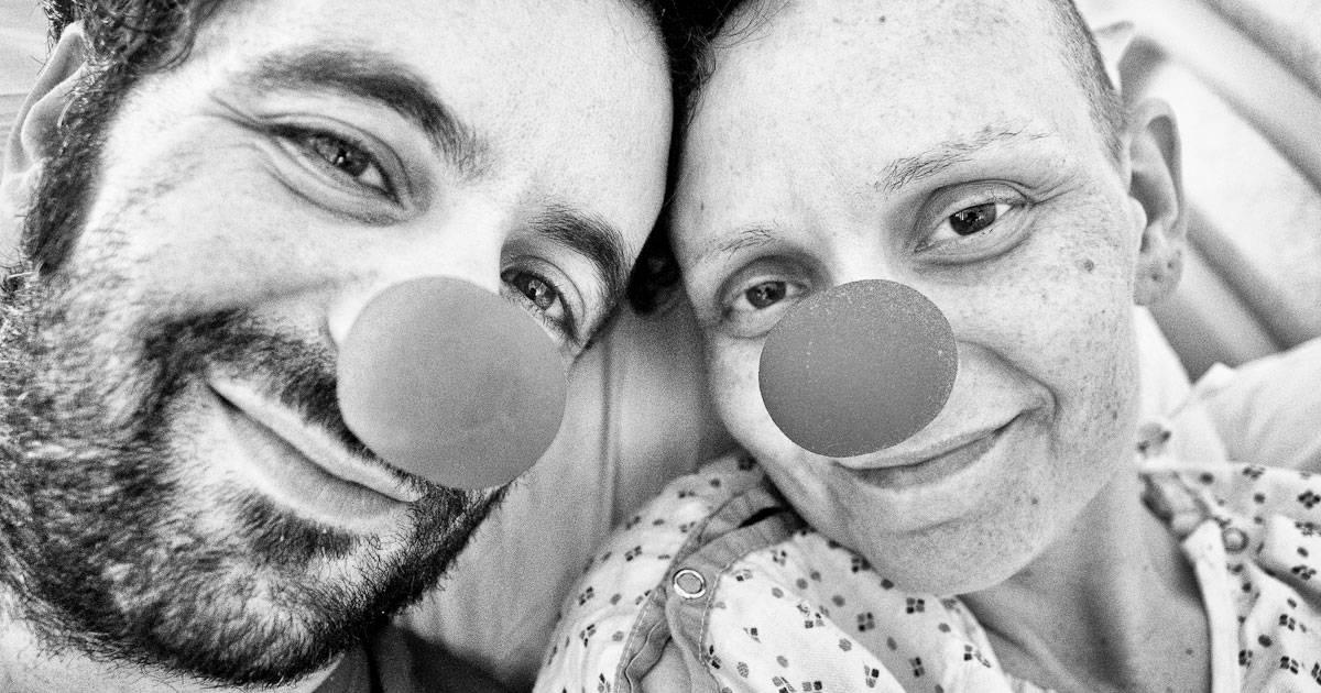 husband-photographs-cancer-wife